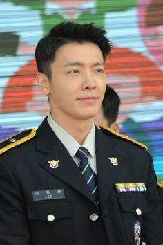 Donghae oppa  Policeman