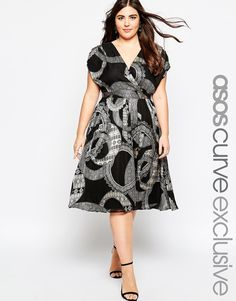 Even if you think this print is too flashy, this is a perfect shape for you and would look great with a blazer.