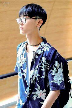 ʚ pin - lloverrose ɞ Nct 127, Nct U Members, Nct Dream Members, Ten Chittaphon, Lee Young, Mark Nct, Korean Boy Bands, Kpop, Cute Korean