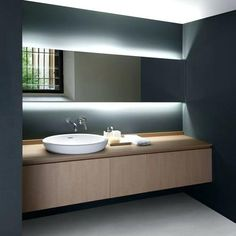 Modern Bathroom Lights Ideas New 27 Awesome Hidden Lighting Ideas for Every Home Digsdigs Bathroom Mirror Design, Modern Bathroom Design, Bathroom Interior, Bathroom Lighting, Vanity Lighting, Light Bathroom, Master Bathroom, Bathroom Furniture, Furniture Vanity