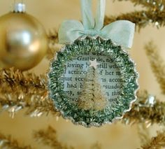 DIY Tutorial - Bottle Cap Ornament With Tiny Bottle Brush Tree. I usually don't care for bottle cap crafts, but this is adorable! Beautiful Christmas Decorations, Christmas Ornaments To Make, Homemade Christmas, Christmas Projects, Winter Christmas, Holiday Crafts, Holiday Fun, Vintage Christmas, Christmas Holidays