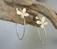 Sterling silver hoops Earrings with Flower by mariastudio on Etsy, €61.57
