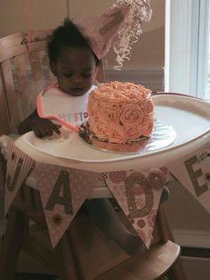 Peach rose smash cake