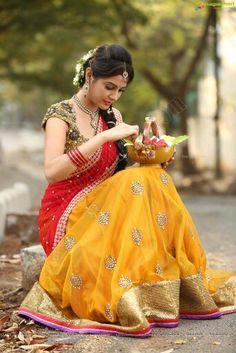 Pretty!.........                                                                                                                                                                                 More Half Saree Lehenga, Lehenga Style, Saree Dress, Pakistani Lehenga, Blue Lehenga, Sabyasachi, Indian Sarees, Saree Blouse, South Indian Bride