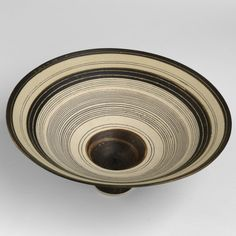 Lucie Rie, Flaring footed bowl
