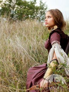 Robe médiévale de lin « Archère » avec tunique et corset
