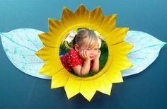 Pra Gente Miúda: Lembrancinha - Girassol de prato de papel com foto Picture Frame Crafts, Picture Frames, Sunflower Pictures, Vincent Van Gogh, Luau, Paper Plates, Fall Crafts, Sims 4, Projects To Try