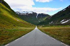 Pepe Le Gambá - Google+ - Norwegian road by Martin Ystenes #road #Norway