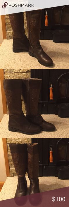 EUC David Tate Leather Riding Boots Size 6 Beautiful David Tate Leather Riding Boots in EUC. Soft two toned leather with embossed pattern add a fun elegant look to any outfit. Wonderfully crafted. Purchased at a shoe boutique in CT. Shoes Heeled Boots