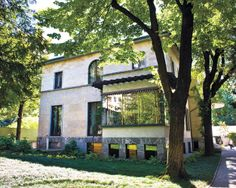 VILLA NECCHI CAMPIGLIO    This spectacular 1930s house in Milan was featured prominently in the movie I Am Love.