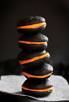 Halloween Inspired Black Velvet Whoopie Pies    #halloween