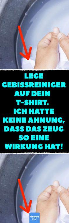 Lege Gebissreiniger auf dein T-Shirt. Ich hatte keine Ahnung, dass das Zeug so eine Wirkung hat! 8 Hausmittel, die Schweißflecken entfernen. #Schweißflecken #entfernen #Deoflecken #Shirt #Waschsoda #Gebissreiniger #Essig #Zitronensäure