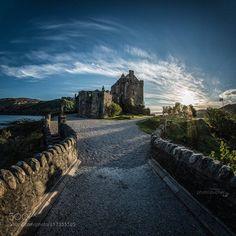 Eilean Donan Castle by Michaela Pucher on Eilean Donan, Tower Bridge, Monument Valley, Scotland, Ireland, Beautiful Places, Sidewalk, Explore, Mansions