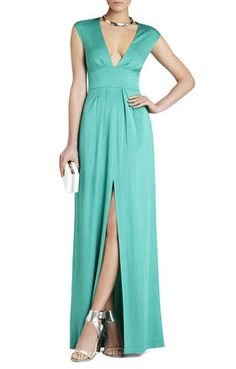 I like this for the bridal party PERFECT COLOR!!!