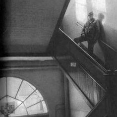 J.Deam febrero de 1955, fotografiado por Dennis Stock, en la escuela