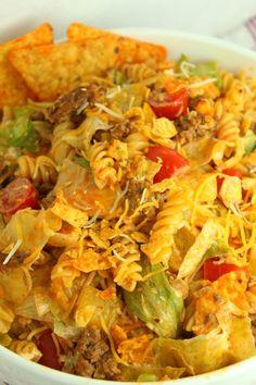 Doritos Locos Taco Pasta Salad Taco Salad Recipes, Taco Salads, Cucumber Recipes, Pasta Recipes, Doritos Salad, Mexican Chicken Casserole, Taco Ingredients, Avocado Pasta, Summer Side Dishes