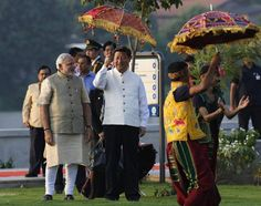Hindi Gaurav मोदी के रंग में रंगे चीनी राष्ट्रपति शी जिनपिंग पहनी मोदी की दी हुई जैकेट - See more at: http://www.hindigaurav.in/article.php?aid=15532#sthash.ywep8TnP.dpuf