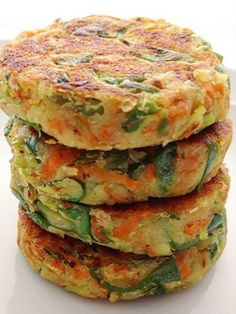 Pin on Preparados Pin on Preparados Veggie Recipes, Real Food Recipes, Vegetarian Recipes, Cooking Recipes, Healthy Recipes, Salade Healthy, Healthy Snacks, Healthy Cupcakes, Easy Meals
