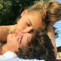 garden enfield How To Keep Love Alive Many couples stru - Parchen Fotos Hipster Vintage, Style Hipster, Cute Relationship Goals, Cute Relationships, Relationship Pictures, Relationship Drawings, Relationship Struggles, Healthy Relationships, Boyfriend Goals