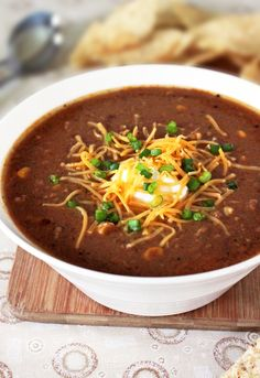Slow-Cooker Taco Soup this looks perfect for the upcoming cold weather!!