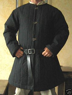 Medieval-Celtic-Armor-Long-Sleeves-Gambeson-Deluxe