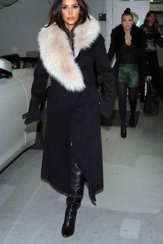 Kim Kardashian- loving her coat
