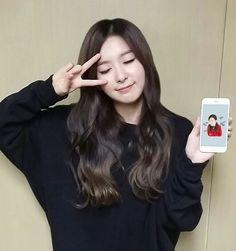 K-POP Red Velvet (레드벨벳)   Kaskus - The Largest Indonesian Community Red Velvet Seulgi, Kpop Girls, Kdrama, Celebs, Pretty, Beauty, Women, Kang Seulgi, Irene