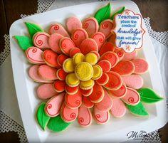 Teacher Appreciation Cookie Platter - flower petals & leaves by… Iced Cookies, Cute Cookies, Easter Cookies, Fancy Cookies, Birthday Cookies, Summer Cookies, Cookie Frosting, Royal Icing Cookies, Biscuits