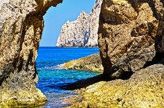 Myrtos Beach, Famous Beaches, Crystal Clear Water, Corfu, Sandy Beaches, Big Island, Greek Islands, Capital City, Countryside
