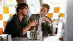 Grey Damon as Brian Shafe and David Duchovny as Sam Hodiak  #Aquarius #aquariusNBC
