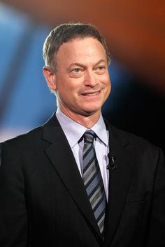 """Gary Sinise - Now - """"Forrest Gump"""" 20 years later - Pictures - CBS News"""