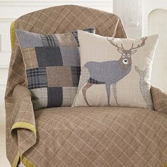 Walton & Co Ltd - Tweed Collection - Wool rich tweed throw with green velvet border plus stag and patchwork cushions to give the perfect chalet look. Applique Cushions, Wool Applique Patterns, Patchwork Cushion, Crochet Cushions, Quilted Pillow, Tartan Crafts, Stag Cushion, Cushions To Make, Felt Pillow