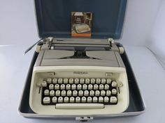Vintage Royal Safari Portable Manual Typewriter Taupe & Cream w/ Case & Key #Royal