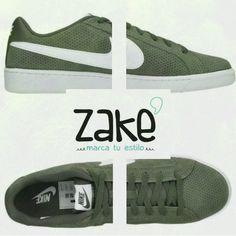 Las nuevas Nike Court Royale ya están en #Zake, listas para acompañarte allá a donde vayas. #sneakers #marcatuestilo