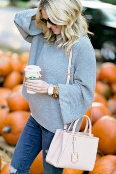 Chronicles of Frivolity Pumpkin Patch Kids, Pumpkin Patch Pictures, Best Pumpkin Patches, Pumpkin Patch Outfit, Baby In Pumpkin, Cute Fall Outfits, Fall Fashion Outfits, Mom Outfits, Cozy Fashion