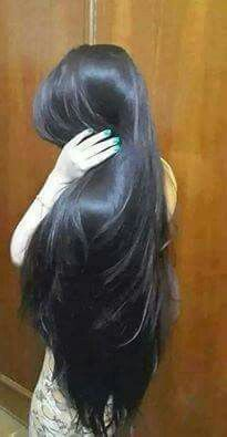 Long hair lovely dark with a great shine reflected
