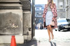 Printed Coat #StreetStyle http://www.videdressing.us/selection-women-style-team-love/sel-s1503.html
