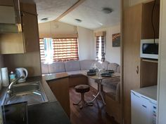 Willerby summer vyrovice Mobile Home, Kitchen Cabinets, Table, 1, Furniture, Summer, Home Decor, Summer Time, Decoration Home