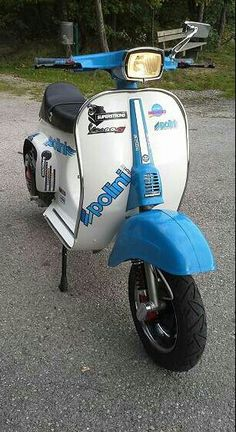 Vespa 50 Special, Italian Scooter, Best Scooter, Caricatures, Cool, Scooters, Motorcycles, Racing, Vintage