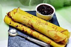 Romanian Desserts, Romanian Food, Romanian Recipes, Crepe Recipes, Dessert Recipes, Cafe Food, Sweet Cakes, Food Cakes, Soul Food