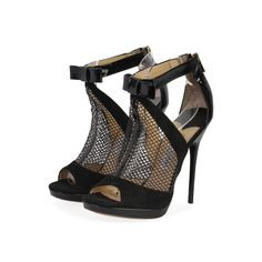 If you are a shoe lover, then this pair is for you. Whether you prefer classic or edgy, these Jimmy Choo booties are perfect for a night out. This is one pair you definitely need to get your hands on!  ITEM CONDITION: Pre-owned – Very good condition.  SUPPLIED WITH: These shoes are supplied with their original Jimmy Choo dust bag.  SIZE: 37.5 – (UK size 4.5)  THE LEFT SHOE: Very good condition – With signs of normal wear.  THE RIGHT SHOE: Very good condition – With signs of normal wear. Absolutely Flawless, Black Booties, Black Suede, Designer Shoes, Jimmy Choo, Dust Bag, Peep Toe, High Heels, Take That