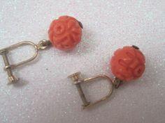 Vintage Faux Coral Screw Back Earrings by LunasVintageDesigns, $5.00