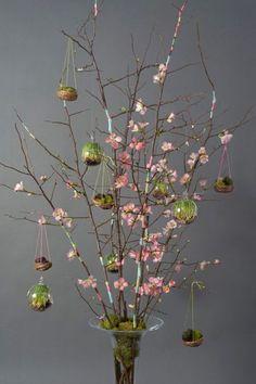 Like the idea of a modern Easter tree.