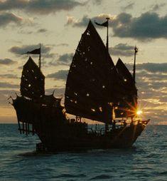 *PIRATES OF THE CARIBBEAN: On Stranger Tides
