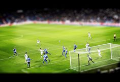 Estadio Santiago Bernabéu  Partido de Copa del Rey 27/11/2012  Real Madrid 3 - 0 Alcoyano  Hala Madrid!      Real Madrid Club de Fútbol (Câu lạc bộ Bóng đá Hoàng gia Madrid)  http://thethaovip.vn/category/giay-da-bong-san-co-nhan-tao-nike-adidas/giay-dinh-dam-da-bong-nike-adidas/  http://thethaovip.vn