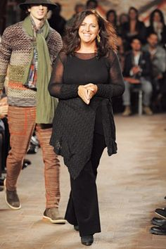 Angela Missoni, creative director at Missoni Italian Fashion Designers, Missoni, Creative Director, Industrial Style, Creations, Celebrities, People, How To Wear, Italy