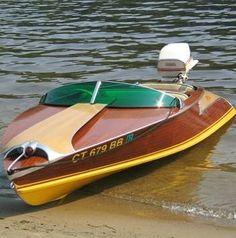 Mahagony #boat with Style; ....... fred67.com .........