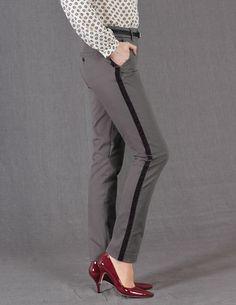 Velvet-trimmed pants