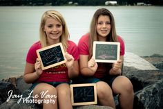 Have each girl write what their BFF is!! Adorable BFF photo shoot