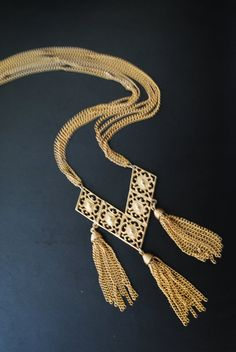 Retro vintage 60s gold tone metal four chains necklace by VezaVe